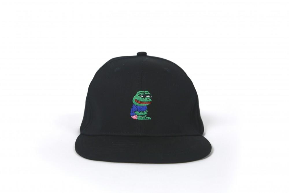 Pepe刺繡捧球帽 (黑色)_HK$128