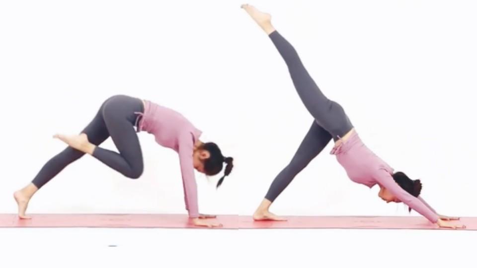 接著再慢慢將腿向後踢,向後踢時盡量將腿伸直和往上踢,整個腿和背部盡能力呈現一直線。