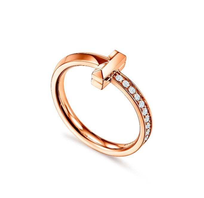 TIFFANY & CO. Tiffany T1系列18k 玫瑰金窄版半密鑲鑽石戒指 HK$12,800