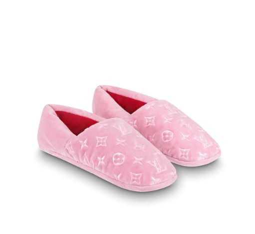 DREAMY SLIPPERS