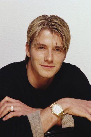 「萬人迷」David Beckham(大衛碧咸)年輕時的帥氣可是吸引到萬千少女