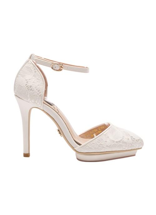 台灣品牌推「迪士尼公主手工婚鞋」,為新娘實現夢幻公主夢