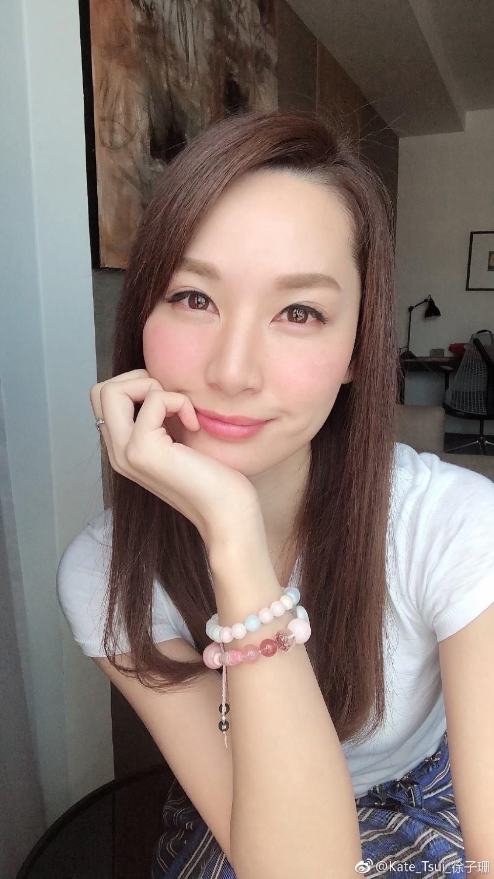 4料港姐冠軍徐子珊入行15年,喺歌影視3方面都有發展。