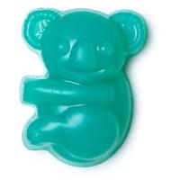 LUSH就推出咗一款限量慈善版番梘「森林拯救隊香氛皂」,呢個番梘更係可愛嘅樹熊造型。