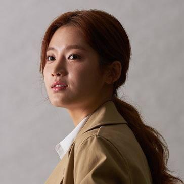 女主角「孔善智」由朴柱炫出演,係一名時事節目作家出身嘅偵探事務所實習生
