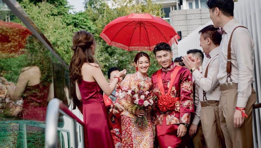 對於外界指張寶兒爸爸豪送物業畀女兒作嫁妝,袁偉豪表示:「層樓我唔洗供咩?」