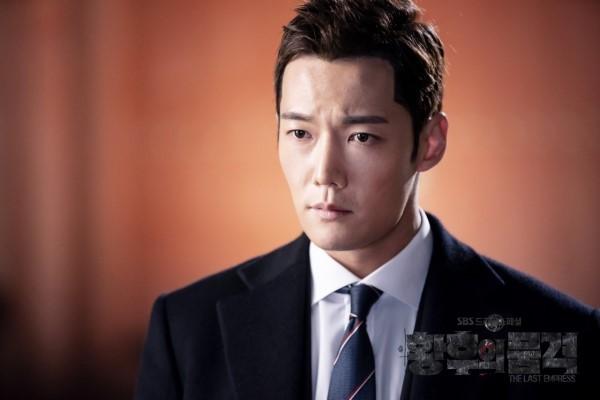 崔振赫則有望飾演李昇基劇中角色的搭檔